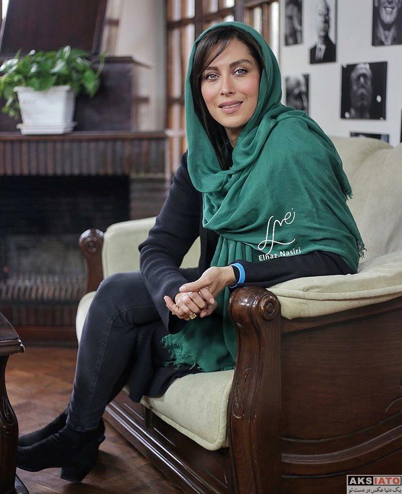بازیگران بازیگران زن ایرانی  مهتاب کرامتی در برنامه اینترنتی آپاراتچی (2 عکس)