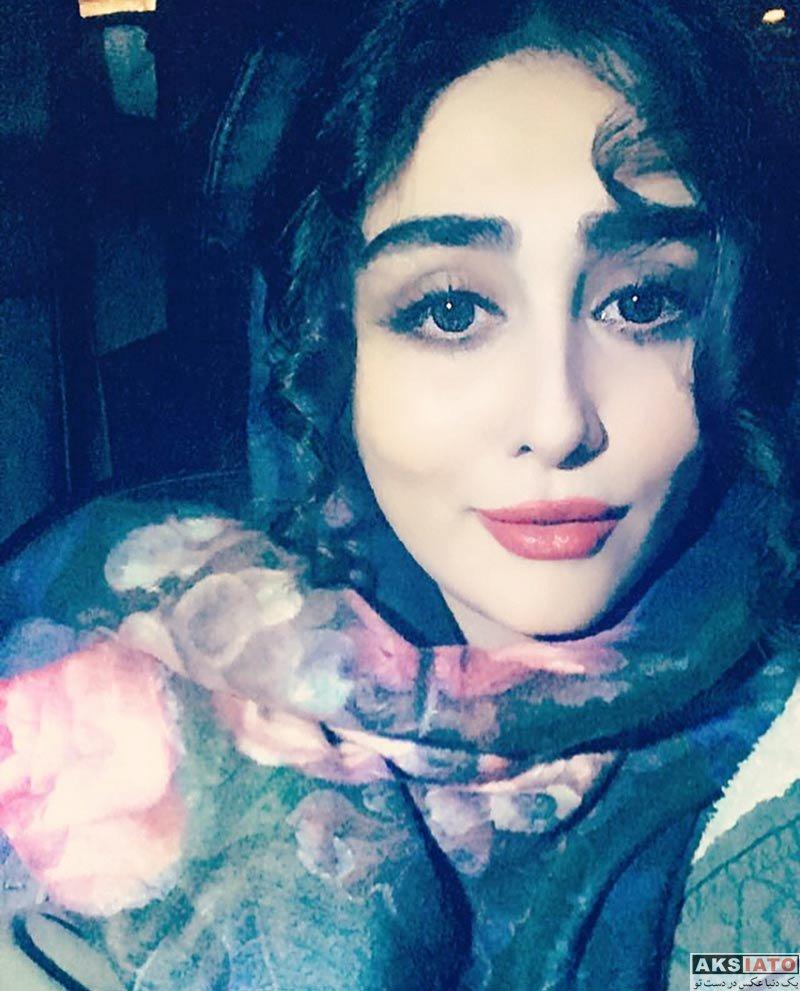 بازیگران بازیگران زن ایرانی  ستاره حسینی در روز برفی تهران در بهمن ماه ۹۶ (2 عکس)