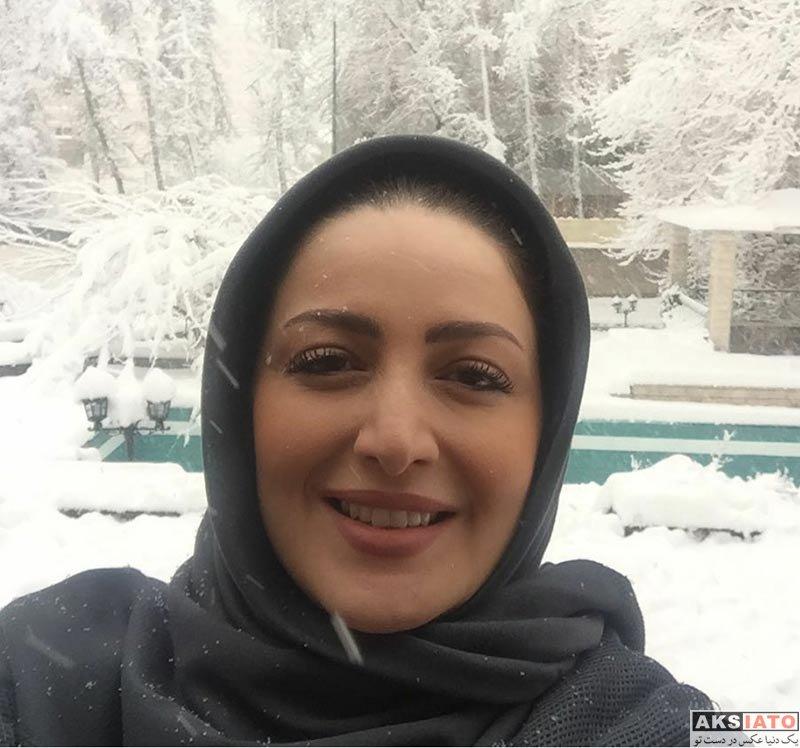 بازیگران بازیگران زن ایرانی  سلفی شیلا خداداد در روز برفی تهران