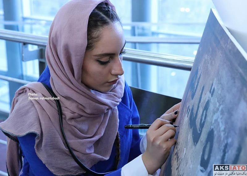 بازیگران بازیگران زن ایرانی ترلان پروانه در برنامه دو قدم مانده به سیمرغ (7 عکس)