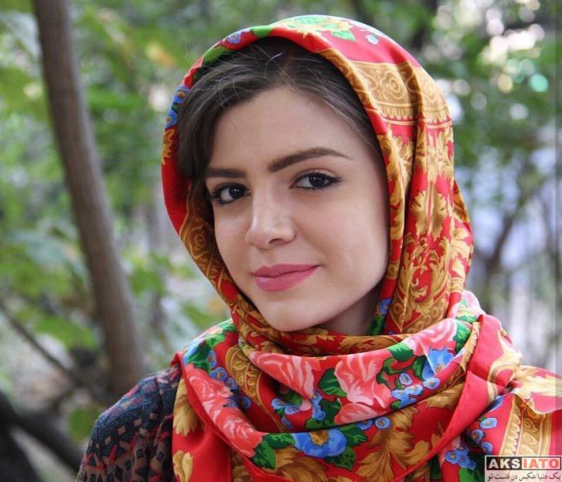 بازیگران بازیگران زن ایرانی  آوا دارویت بازیگر نقش باران در سریال هست و نیست (8 عکس)