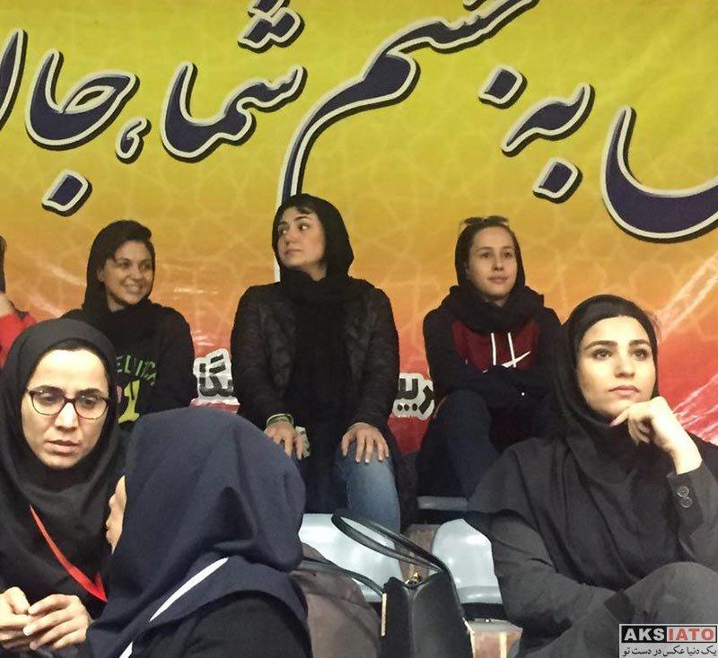 بازیگران بازیگران زن ایرانی  باران کوثری در دیدار تیم ملی فوتسال بانوان ایران و روسیه