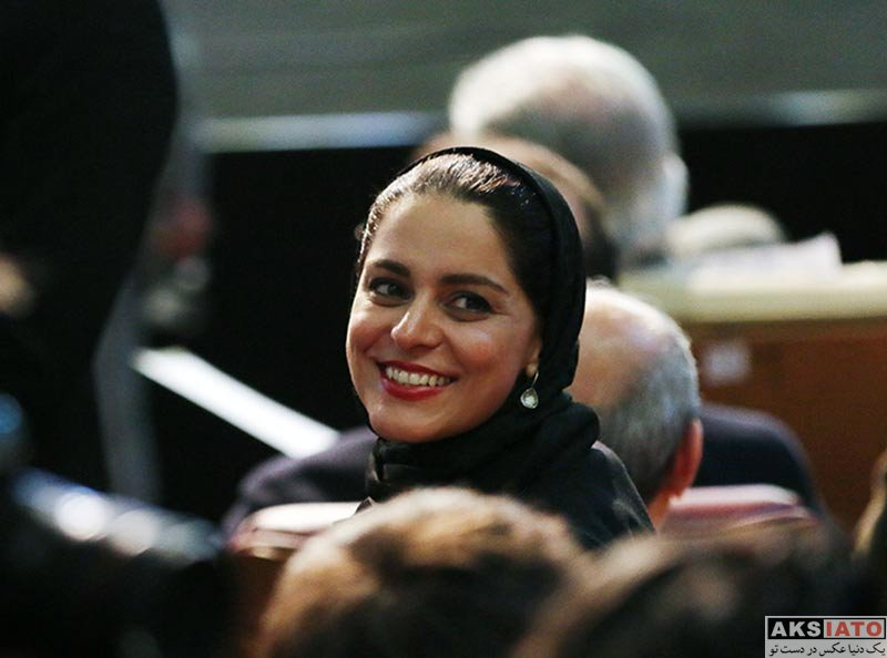 بازیگران جشنواره فیلم فجر  غزل شاکری در اختتامیه سی و ششمین جشنواره فیلم فجر (۴ عکس)