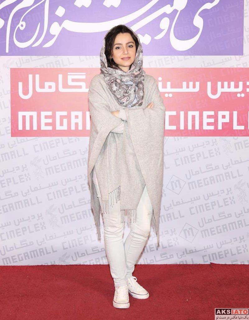 بازیگران جشنواره فیلم فجر  نازنین بیاتی در روز ششم ۳۶مین جشنواره فیلم فجر (3 عکس)