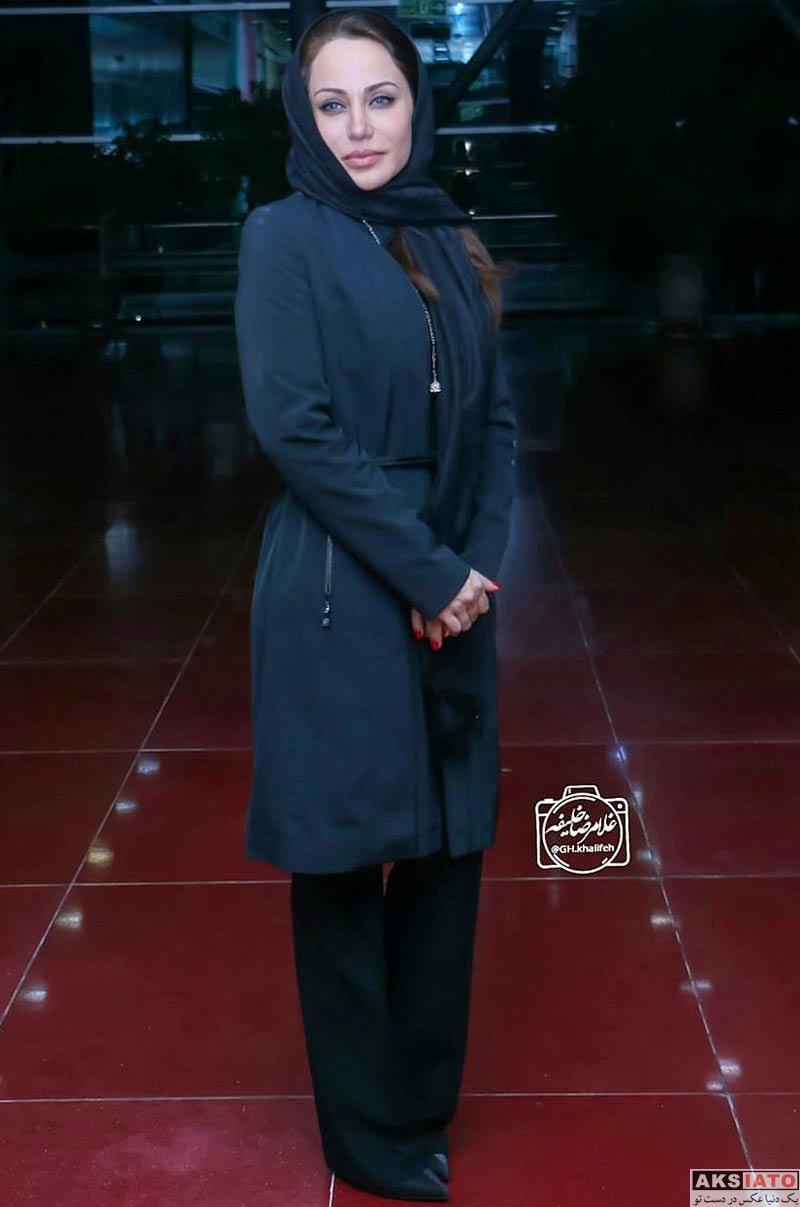 بازیگران بازیگران زن ایرانی  رامانا سیاحی معروف به آنجلینا جولی ایرانی در اکران فیلم (4 عکس)