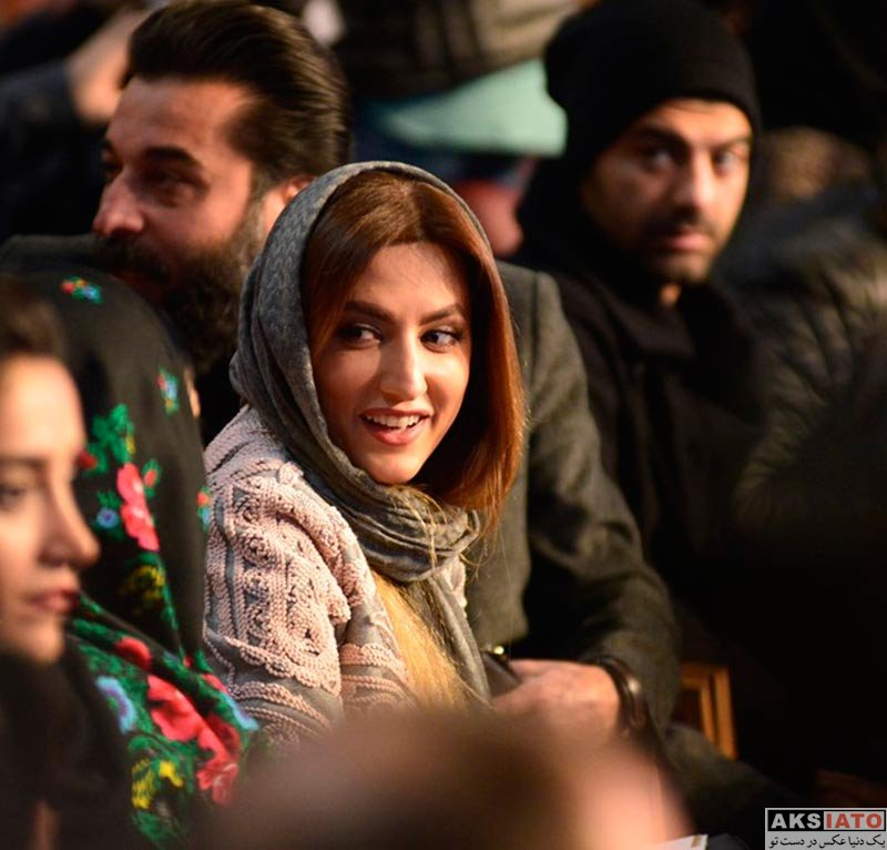 بازیگران جشنواره فیلم فجر  سمیرا حسینی در افتتاحیه سی و ششمین جشنواره فیلم فجر (۳ عکس)