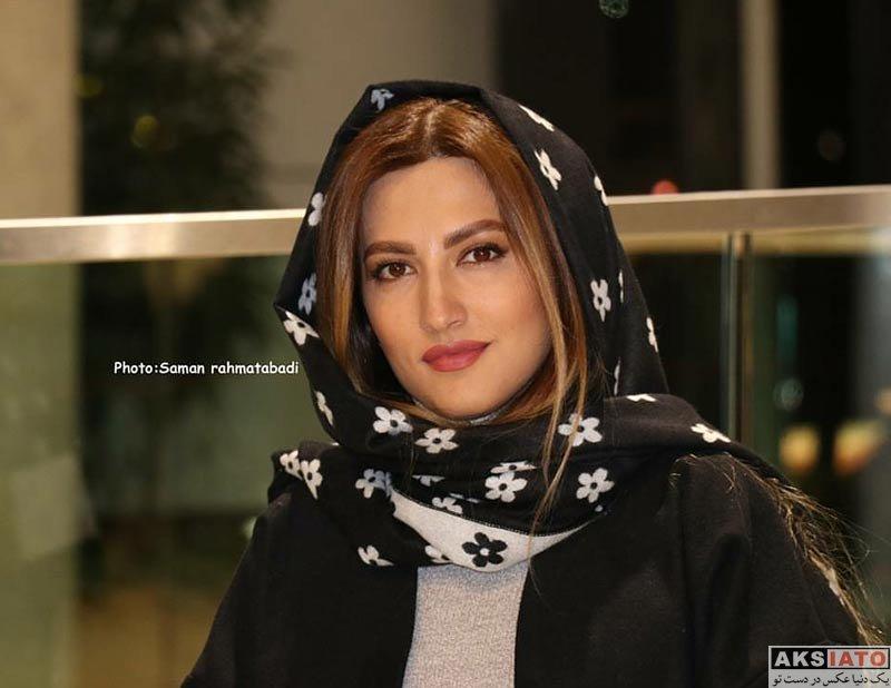 بازیگران جشنواره فیلم فجر  سمیرا حسینی در روز دوم جشنواره فیلم فجر 36 (2 عکس)