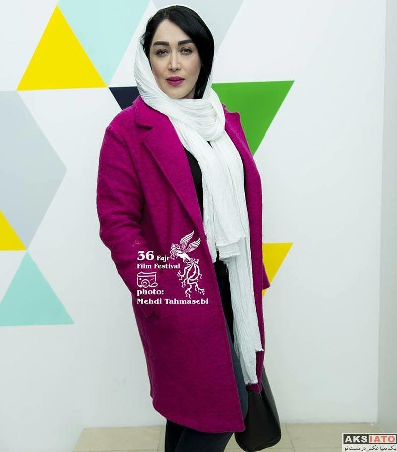 بازیگران جشنواره فیلم فجر  سارا منجزی در هفتمین روز جشنواره فیلم فجر ۳۶ (5 عکس)