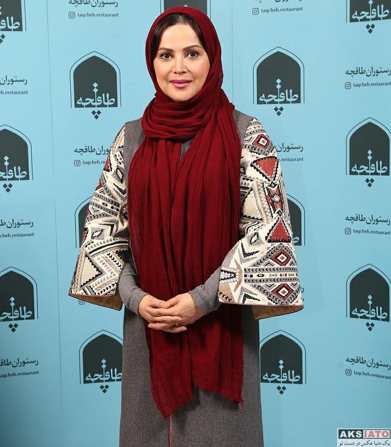 بازیگران بازیگران زن ایرانی  کمند امیرسلیمانی در افتتاحیه رستوران کافه طاقچه (3 عکس)