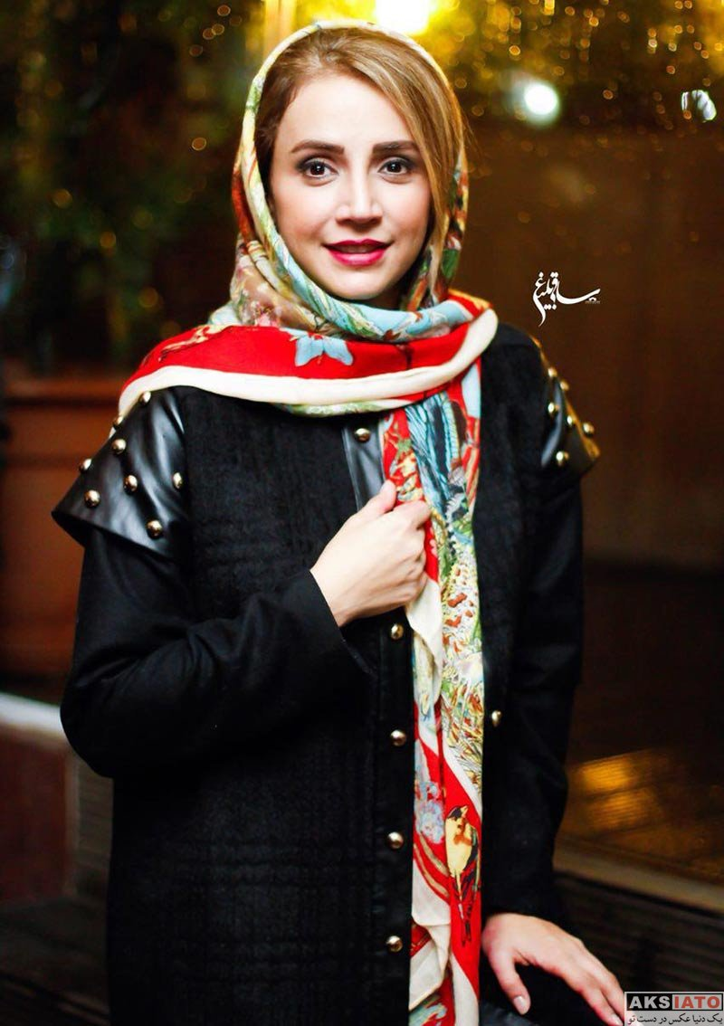 بازیگران بازیگران زن ایرانی  شبنم قلی خانی در اجرای نمایش هیجده (4 عکس)