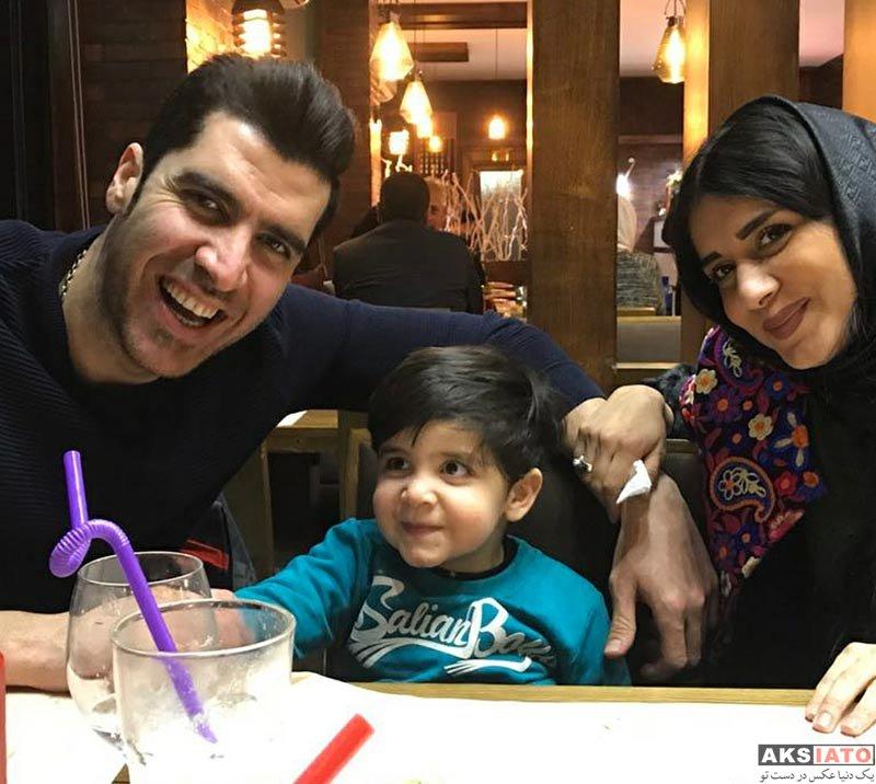 بازیگران  شهرام محمودی و همسرش در رستوران ایتالیایی (2 عکس)