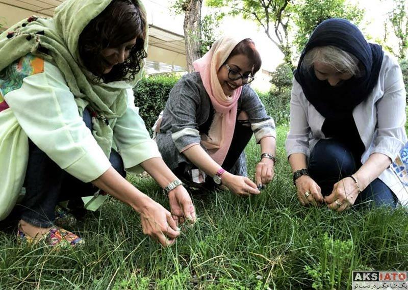 بازیگران بازیگران زن ایرانی  عکس های سیزده بدر آناهیتا همتی به همراه خانواده اش