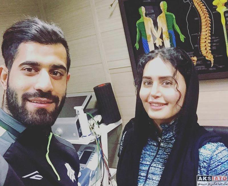 بازیگران بازیگران زن ایرانی  سلفی الناز شاکردوست با آقا و خانم ورزشکار (2 عکس)