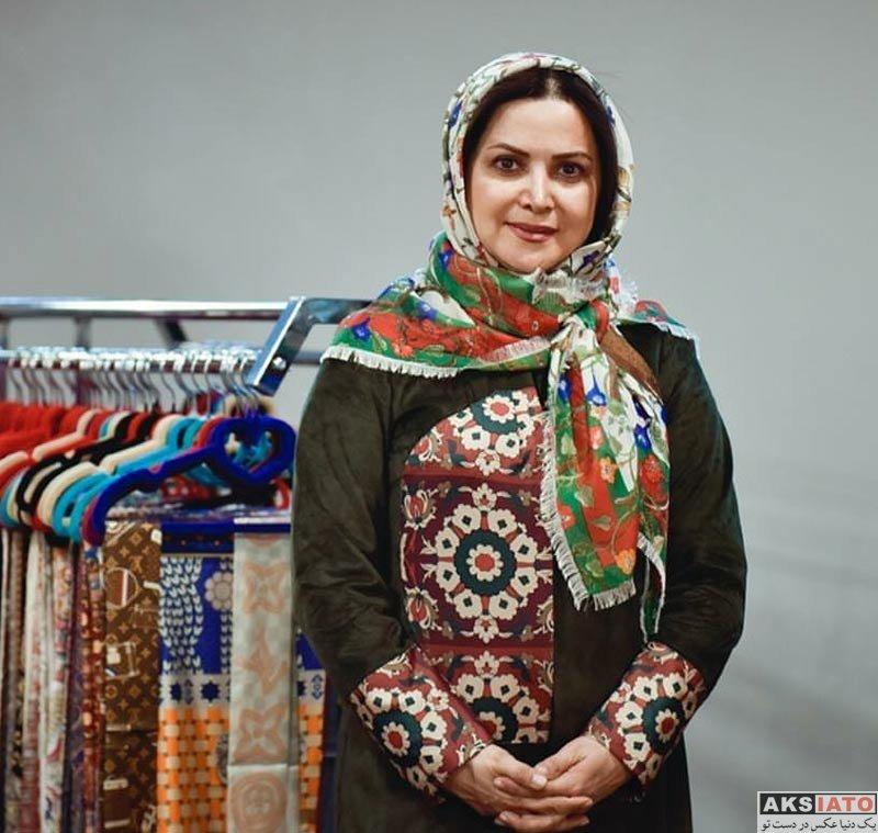 بازیگران بازیگران زن ایرانی  کمند امیرسلیمانی در ایونت فروشگاه حجاب استایل (2 عکس)