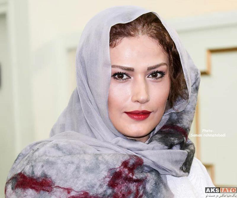بازیگران جشنواره جهانی فیلم فجر  لادن مستوفی در اختتامیه ۳۶مین جشنواره جهانی فیلم فجر (4 عکس)