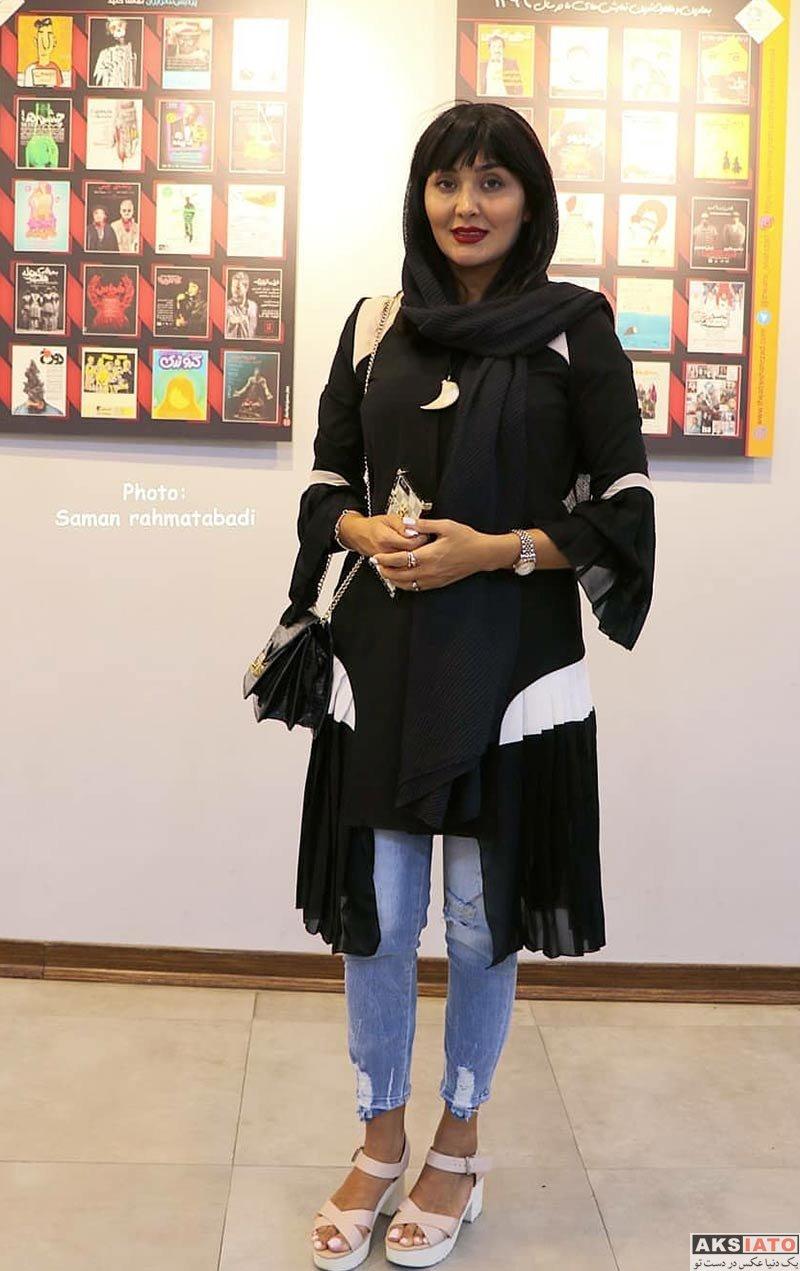 بازیگران بازیگران زن ایرانی مریم معصومی در اجرای نمایش دپوتات (4 عکس)