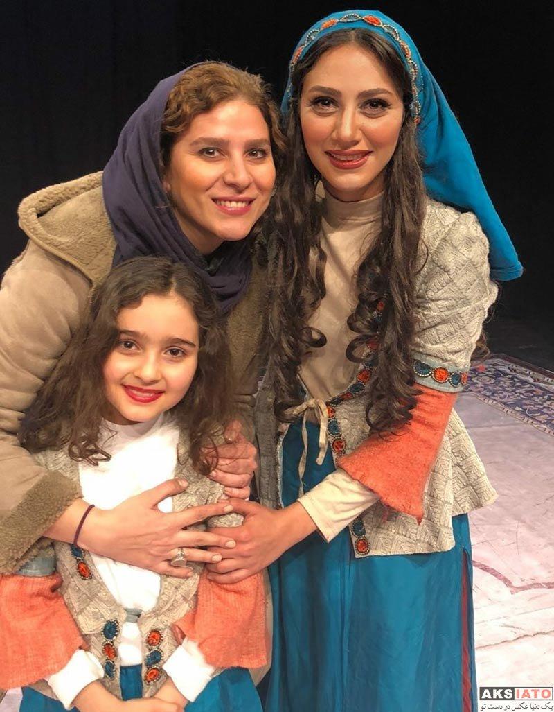 بازیگران بازیگران زن ایرانی  مونا فرجاد و بازیگران مطرح در پشت صحنه نمایش جدیدش (6 عکس)