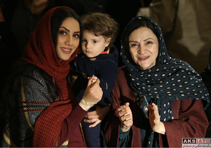 بازیگران بازیگران زن ایرانی  مونا فرجاد در مراسم رونمایی از آلبوم 35 میلیمتری (2 عکس)