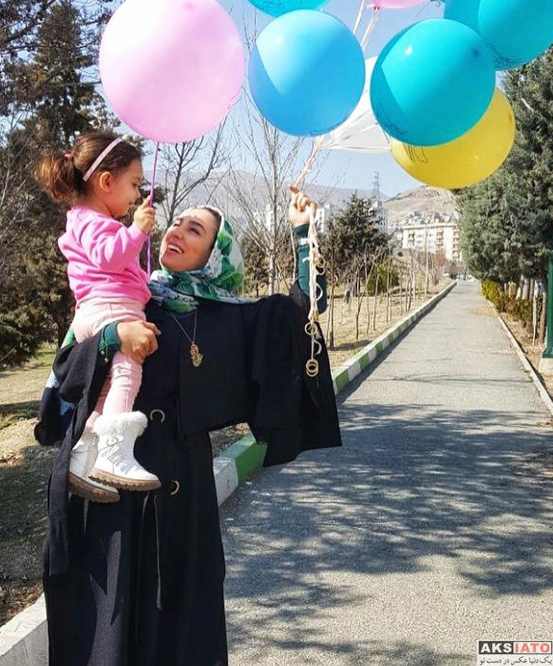 بازیگران بازیگران زن ایرانی  سوگل طهماسبی در موسسه خیریه کودکان (3 عکس)