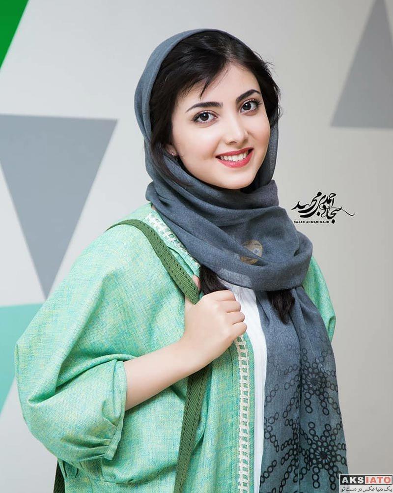 بازیگران بازیگران زن ایرانی  زیبا کرمعلی در اکران مردمی فیلم لاتاری در باغ کتاب (6 عکس)