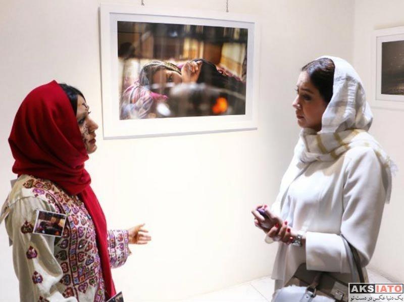 بازیگران بازیگران زن ایرانی  بهاره کیان افشار در نمایشگاه عکس زن ماندگی (۲ عکس)