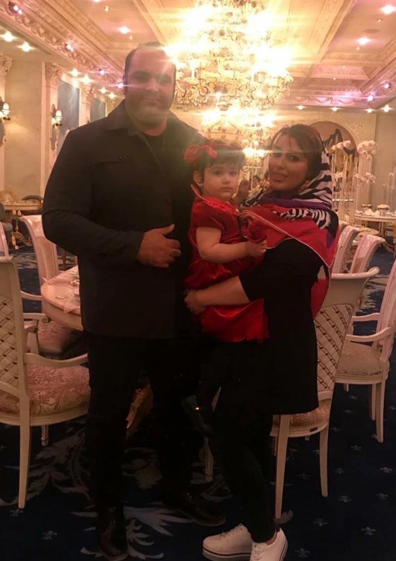 خانوادگی ورزشکاران مرد  بهداد سلیمی و همسرش در رستوران VIP شاندیز (2 عکس)