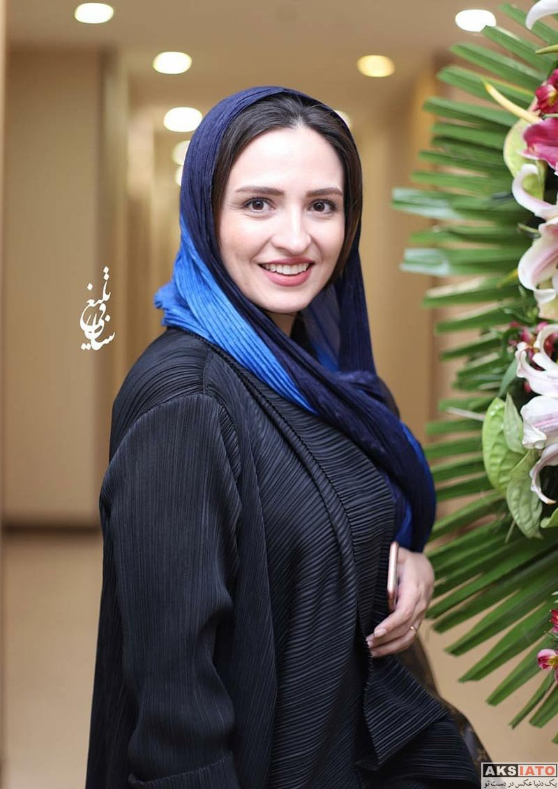 بازیگران بازیگران زن ایرانی  گلاره عباسی در افتتاحیه سالن زیبایی شیمر 2 (3 عکس)