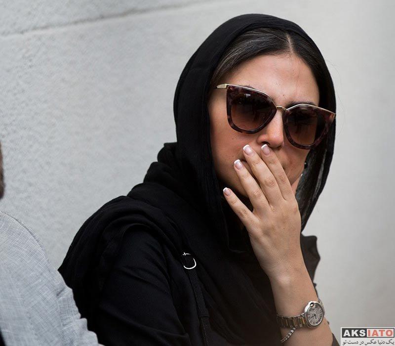 بازیگران بازیگران زن ایرانی  هدی زین العابدین در مراسم تشییع پیکر مرحوم ناصر ملک مطیعی (4 عکس)