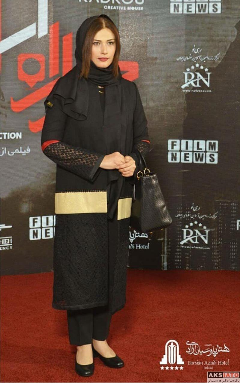 بازیگران بازیگران زن ایرانی  لادن مستوفی در مهمانی خصوصی فیلم چهارراه استانبول (4 عکس)