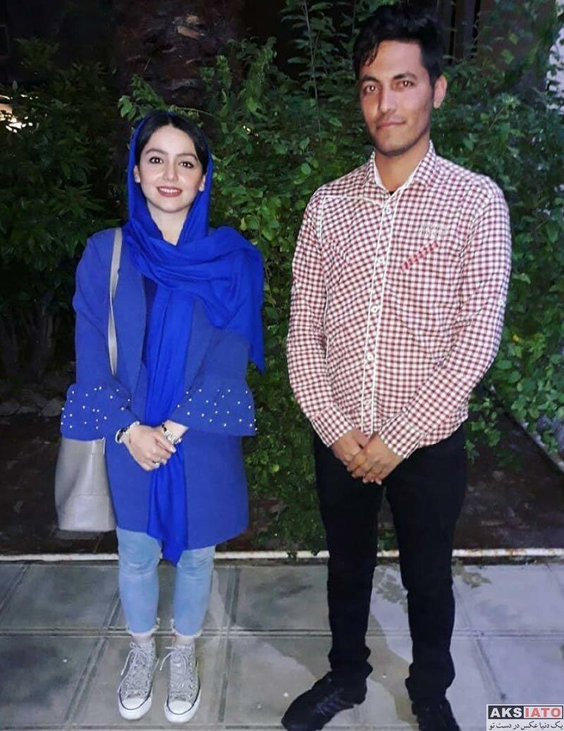 بازیگران بازیگران زن ایرانی  نازنین بیاتی در اجرای نمایش دودمان (4 عکس)