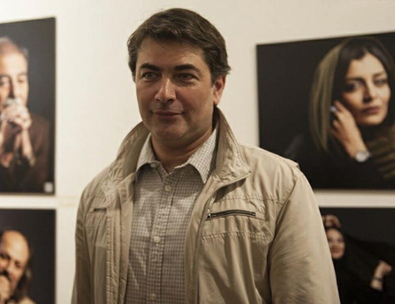 بازیگران بازیگران مرد ایرانی  پارسا پیروزفر در نمایشگاه عکس چهرههای نمایش ایران (۳ عکس)