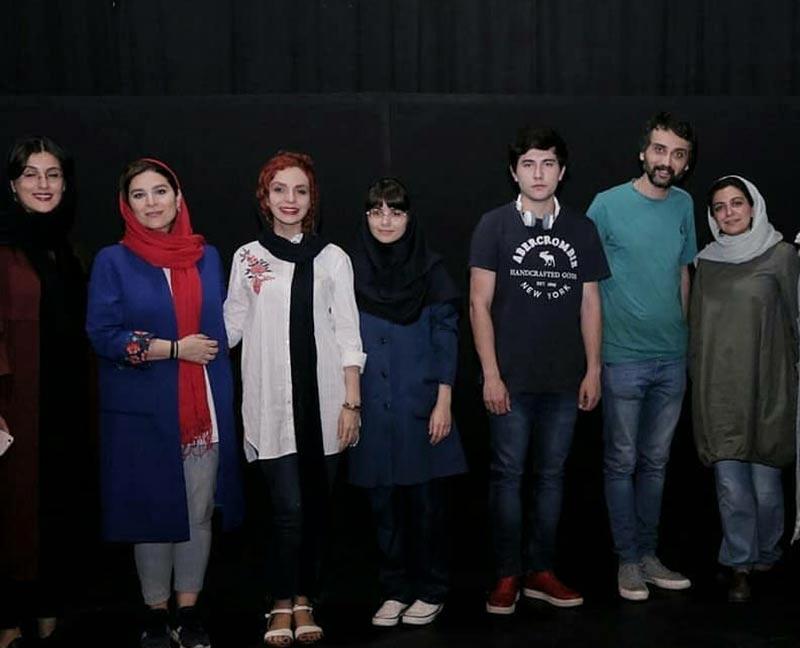 بازیگران بازیگران زن ایرانی  سحر دولتشاهی در اجرای نمایش حذفیات (2 عکس)