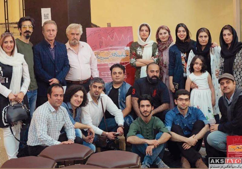 بازیگران بازیگران زن ایرانی  سمیرا حسینی در اجرای نمایش خواستگاران مهرناز (2 عکس)