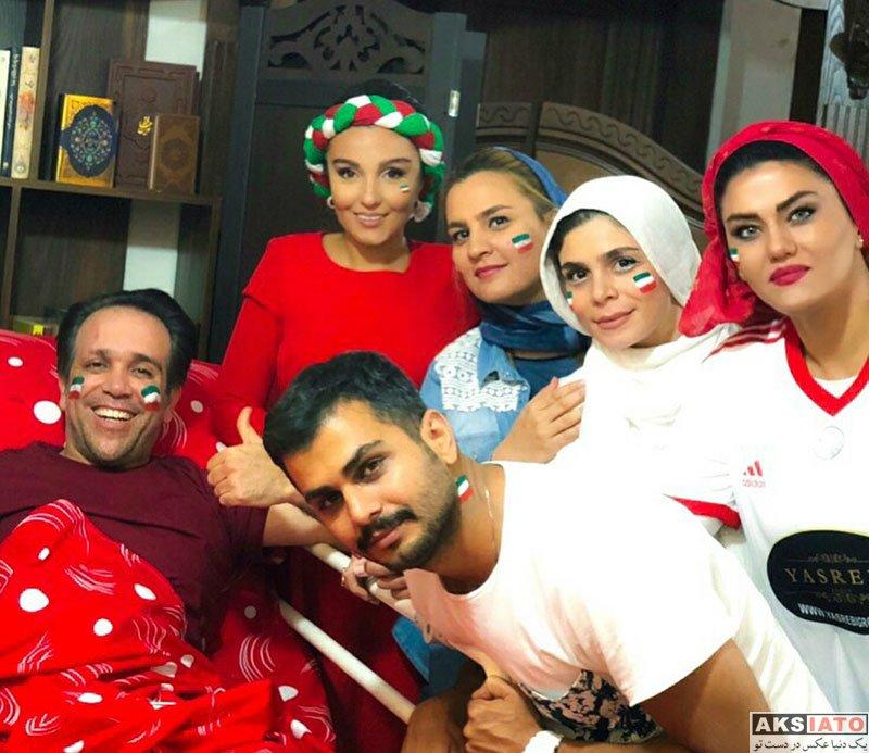 بازیگران بازیگران زن ایرانی  آرزو نبوت در حال تماشای بازی ایران و اسپانیا (3 عکس)