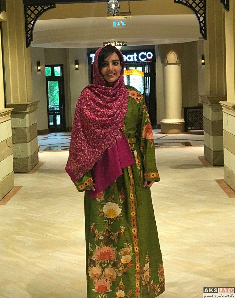 بازیگران بازیگران زن ایرانی  سارا محمدی در شهر دبی در امارات (2 عکس)