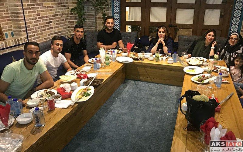 ورزشکاران ورزشکاران مرد  علی علیپور بهمراه خانواده و دوستانش در تعطیلات (6 عکس)