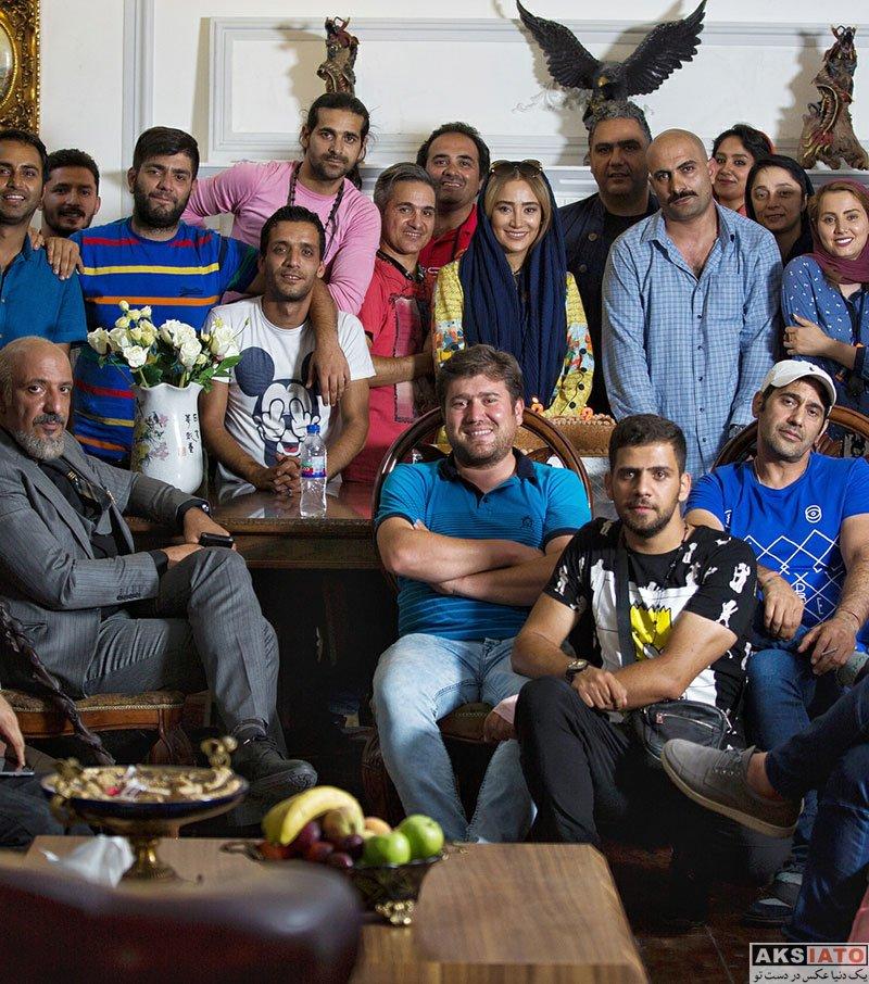 بازیگران بازیگران زن ایرانی  جشن تولد بهاره افشاری در پشت صحنه سریال ممنوعه (2 عکس)