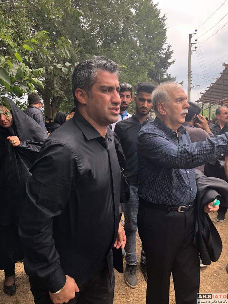 بازیگران بازیگران زن ایرانی  مراسم خاکسپاری پدر فرهاد مجیدی (5 عکس)