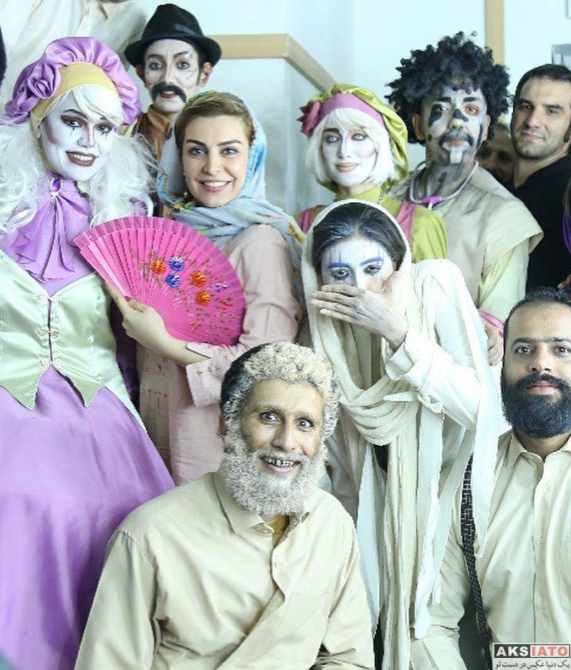 بازیگران بازیگران زن ایرانی  ماه چهره خلیلی در اجرای نمایش سرزمين تهي سران (4 عکس)