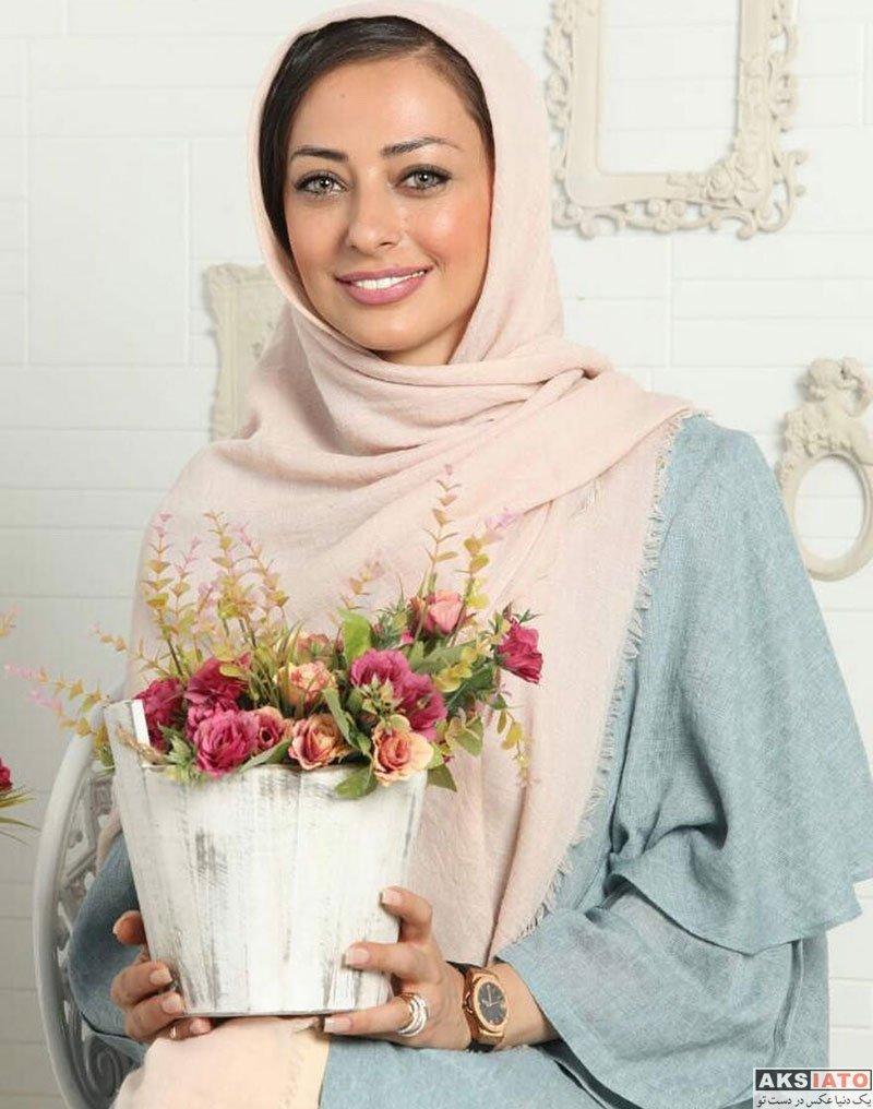 بازیگران بازیگران زن ایرانی  عکس های نفیسه روشن در مجله خانواده سبز (2 عکس)