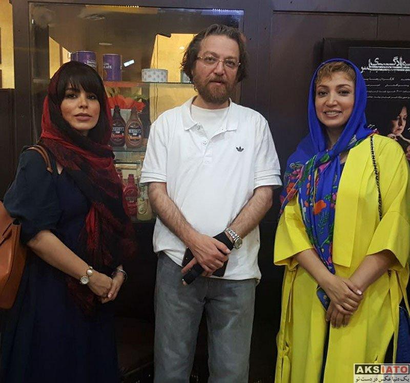 بازیگران بازیگران زن ایرانی  نگار عابدی در اجرای نمایش عکس خانوادگی (3 عکس)