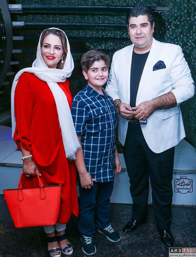 خانوادگی خوانندگان  سالار عقیلی و همسرش در مراسم رونمایی مستند سریک (3 عکس)
