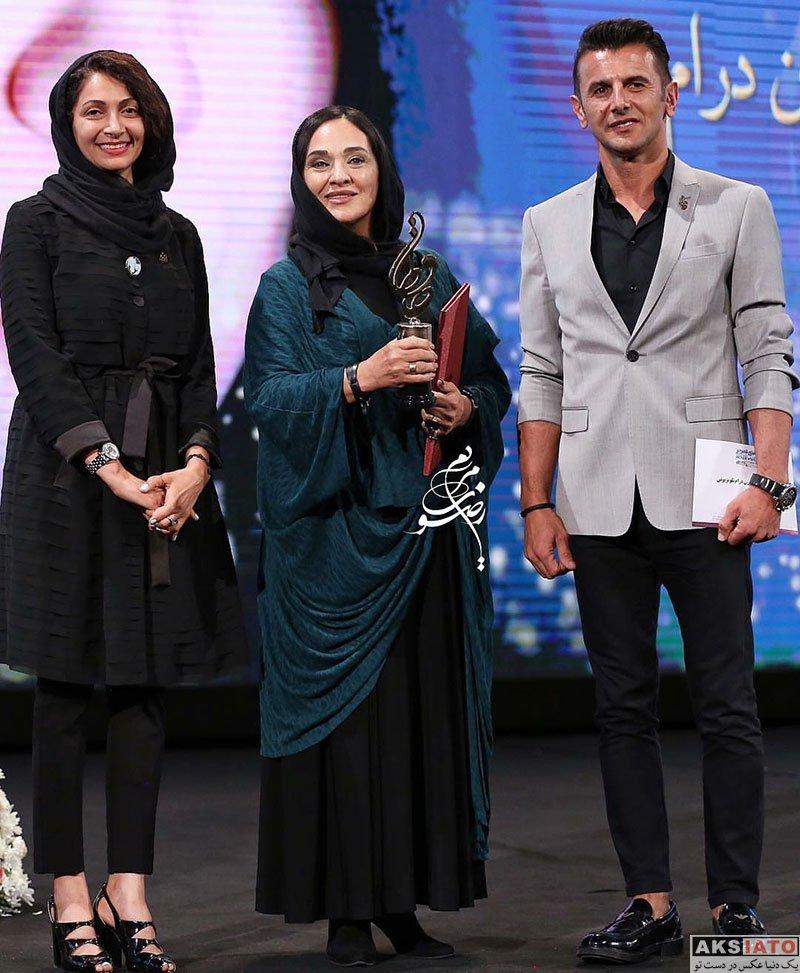 بازیگران بازیگران زن ایرانی جشن حافظ خانوادگی  امین حیایی و همسرش در هجدهمین جشن حافظ ۹۷ (۳ عکس)