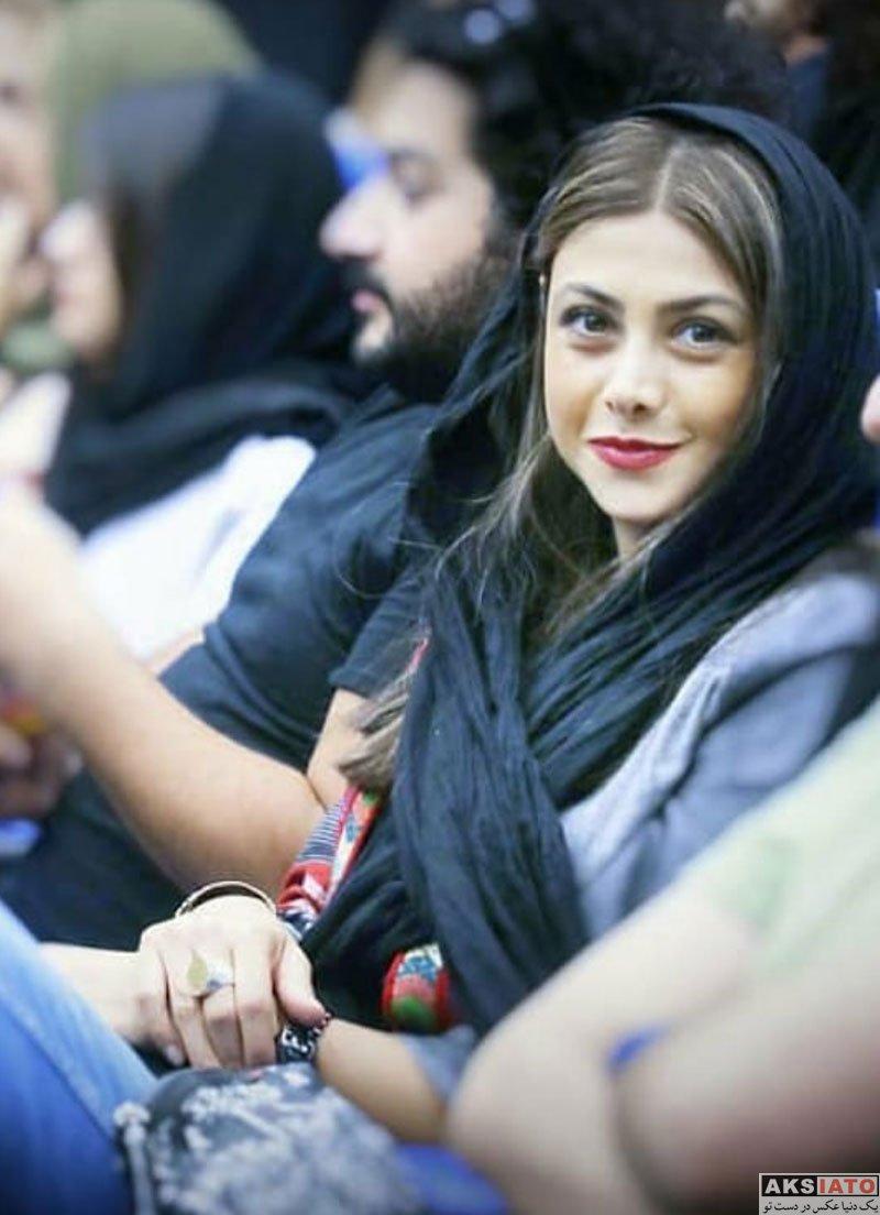 بازیگران بازیگران زن ایرانی  آزاده صمدی در آیین نمایش شش فیلم کوتاه برتر (8 عکس)