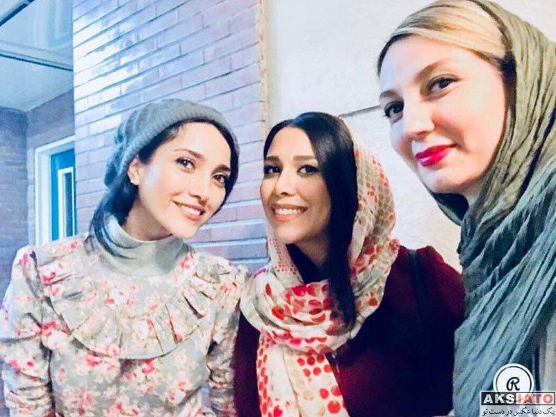 بازیگران بازیگران زن ایرانی  حدیث میرامینی در اجرای نمایش خاموشی دریا (2 عکس)