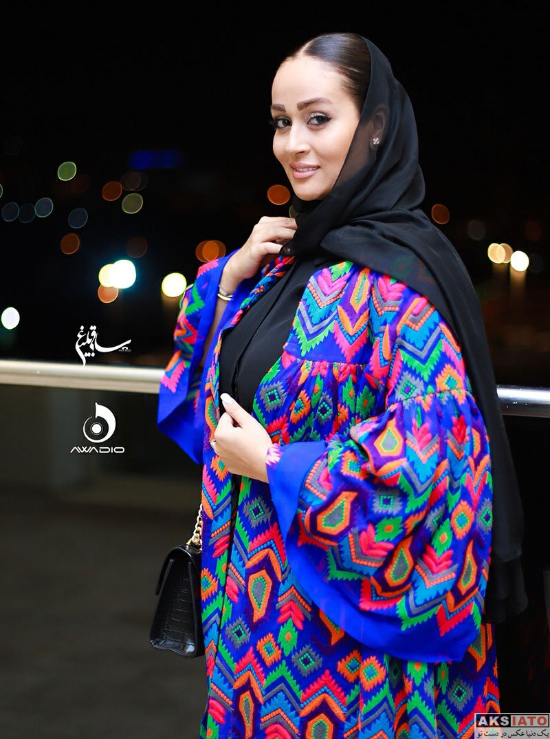 بازیگران بازیگران زن ایرانی  مونا شناس در کنسرت مهران مدیری (4 عکس)