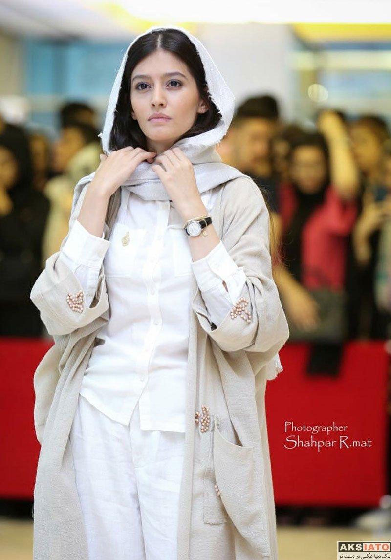 بازیگران بازیگران زن ایرانی جشن حافظ  پردیس احمدیه در هجدهمین جشن حافظ ۹۷ (2 عکس)