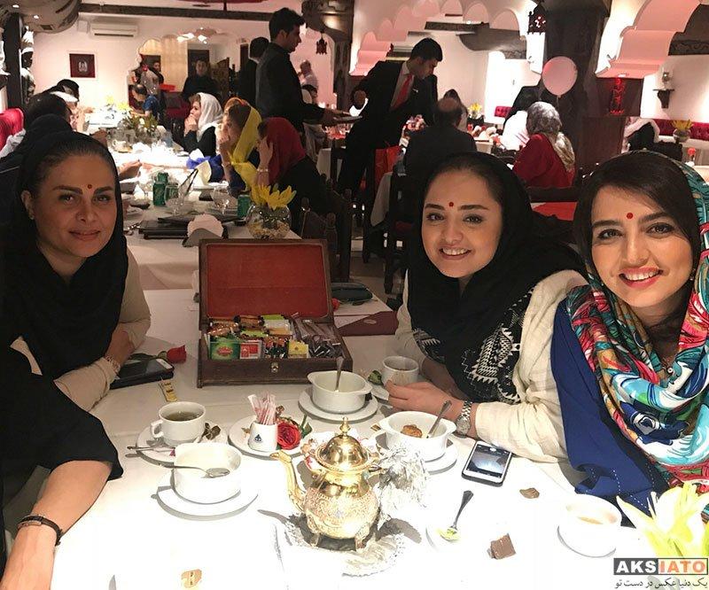 بازیگران بازیگران زن ایرانی  نرگس محمدی و خواهرش در رستوران تاج محل (2 عکس)