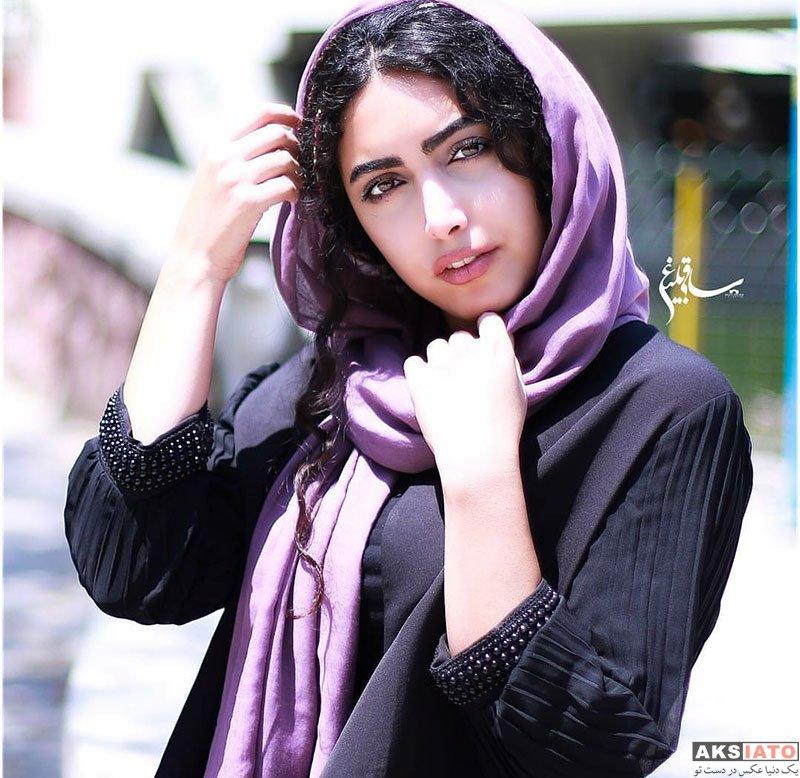 بازیگران بازیگران زن ایرانی  عکس های تبلیغانی ساناز طاری برای برند مانتو