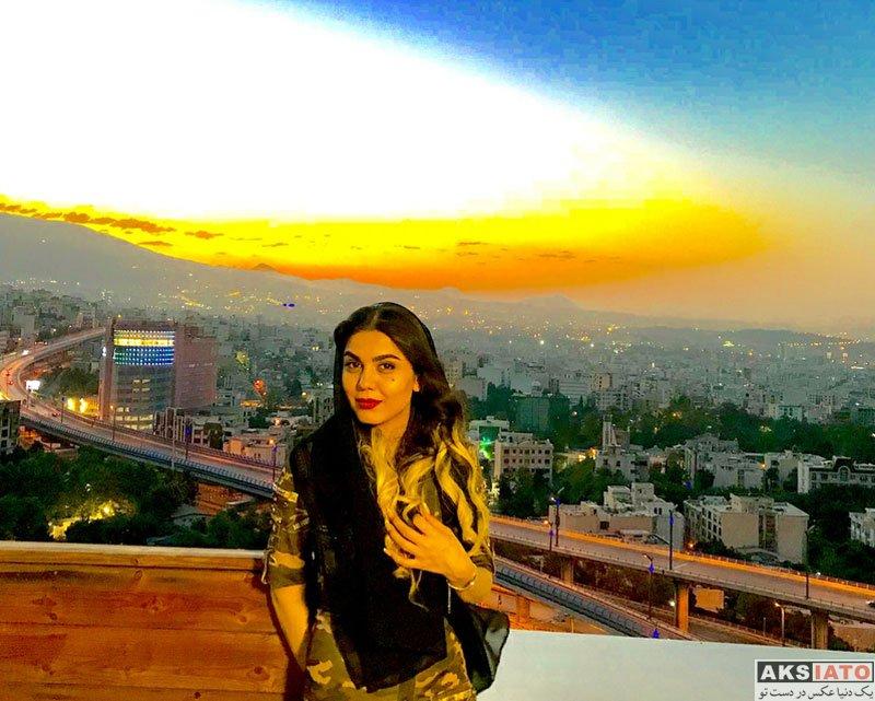 بازیگران بازیگران زن ایرانی  عکس های آزاده زارعی در شهریور ماه 97 (10 تصویر)